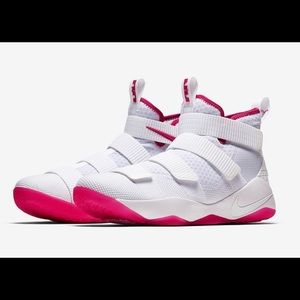 LeBron Soldier 11 XI Kay Yow Breast Cancer NEW Sz7